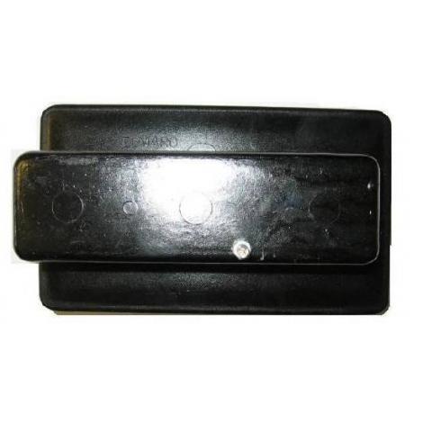 gniazdo-bezpiecznikowe-okapturzone-3x63a