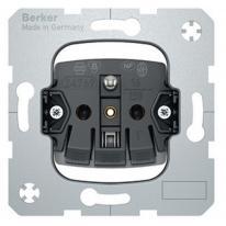 Berker One.Platform - gniazdo z uziemieniem z samozaciskami